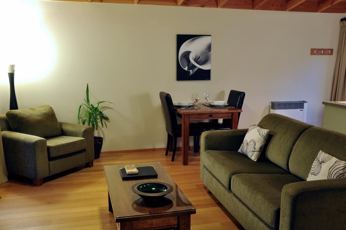 Cottage Living area | Adrift in Golden Bay