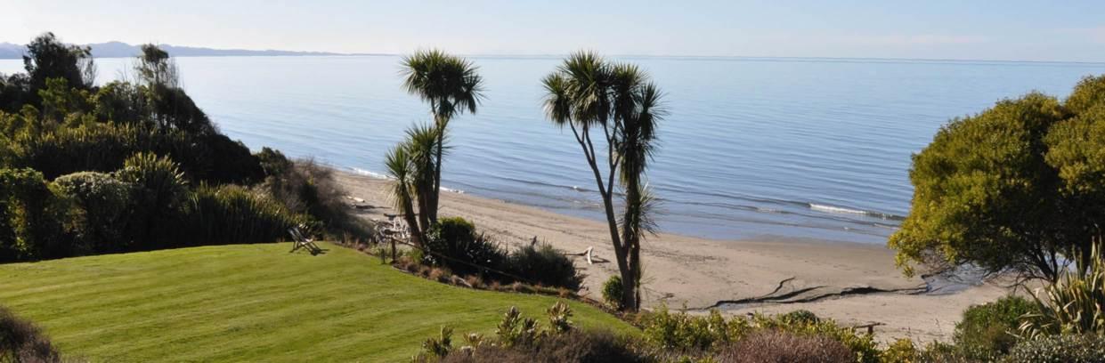Adrift in Golden Bay Luxury Accommodation